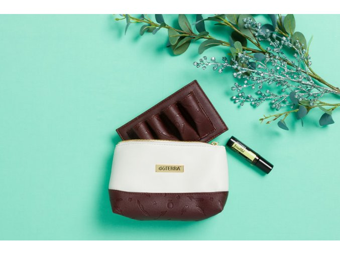 Beautiful Touch Clutch Bag 600x900