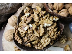 Zdravoslav Vlašské ořechy Premium 2020 ( půlky ) 1000 g