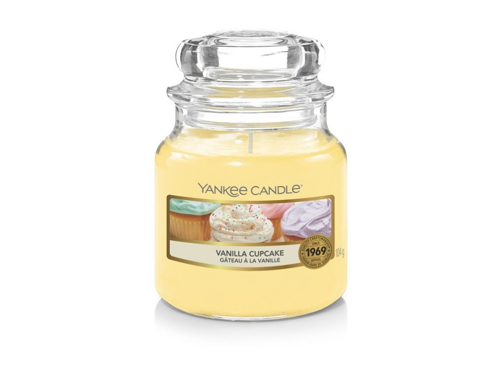Yankee Candle Vanilla Cupcake vonná svíčka 104g