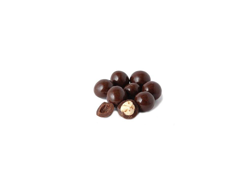 Lísková jádra v hořké čokoládě