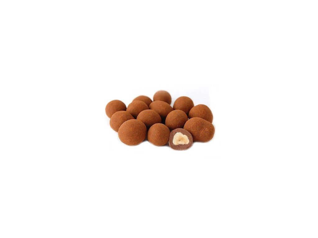 Lísková jádra v mléčné čokoládě se skořicí