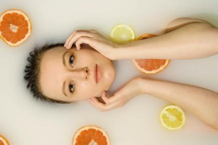 HYDROXYKYSELINY v kosmetice