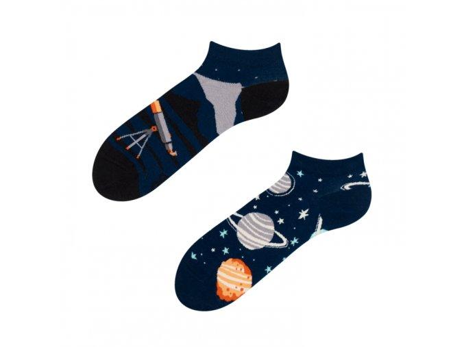 Kotníkové veselé ponožky Vesmír | Zelenáčky