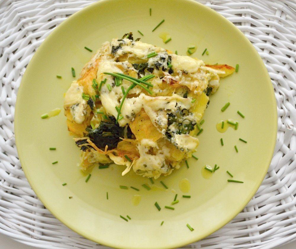 Zapečené brambory se špenátem a nivou
