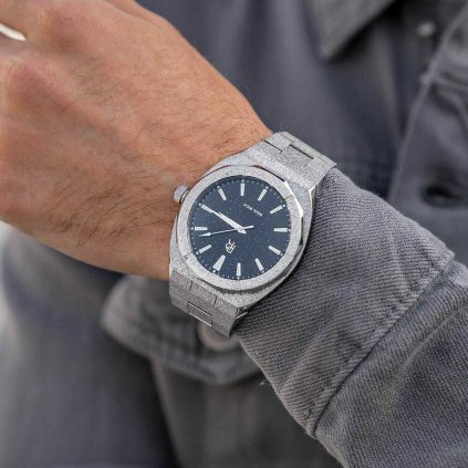 Herrenuhr Paul Rich in Silber mit Stahlarmband Frosted Star Dust - Silver 42MM