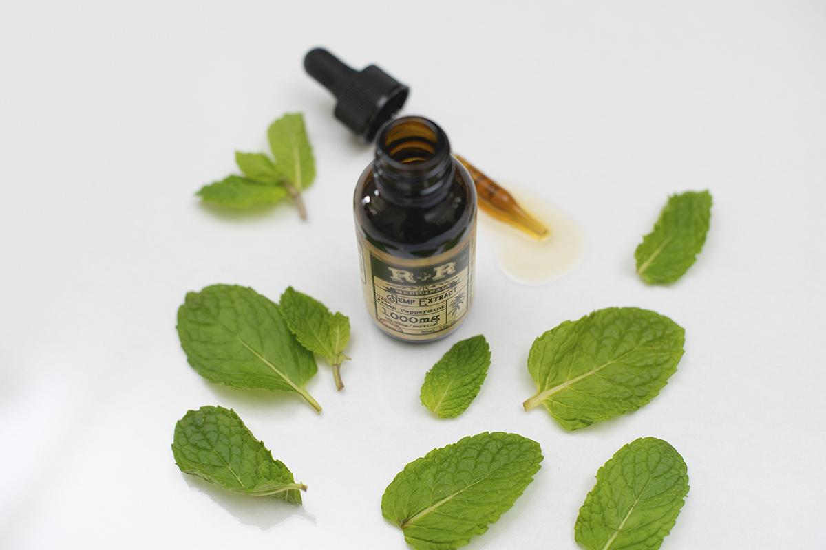 Esenciální oleje: Síla rostlin v malé lahvičce