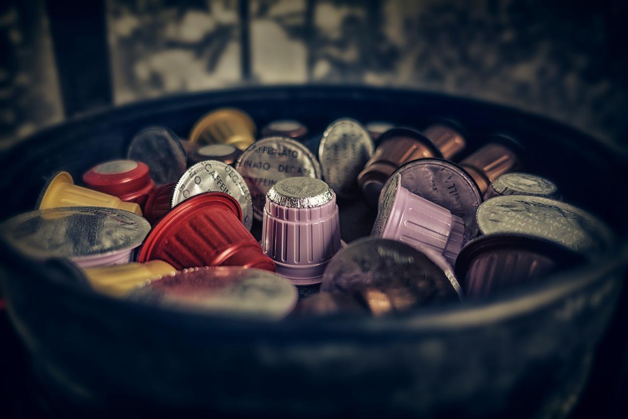 Kávové kapsule sa recyklovať nedajú