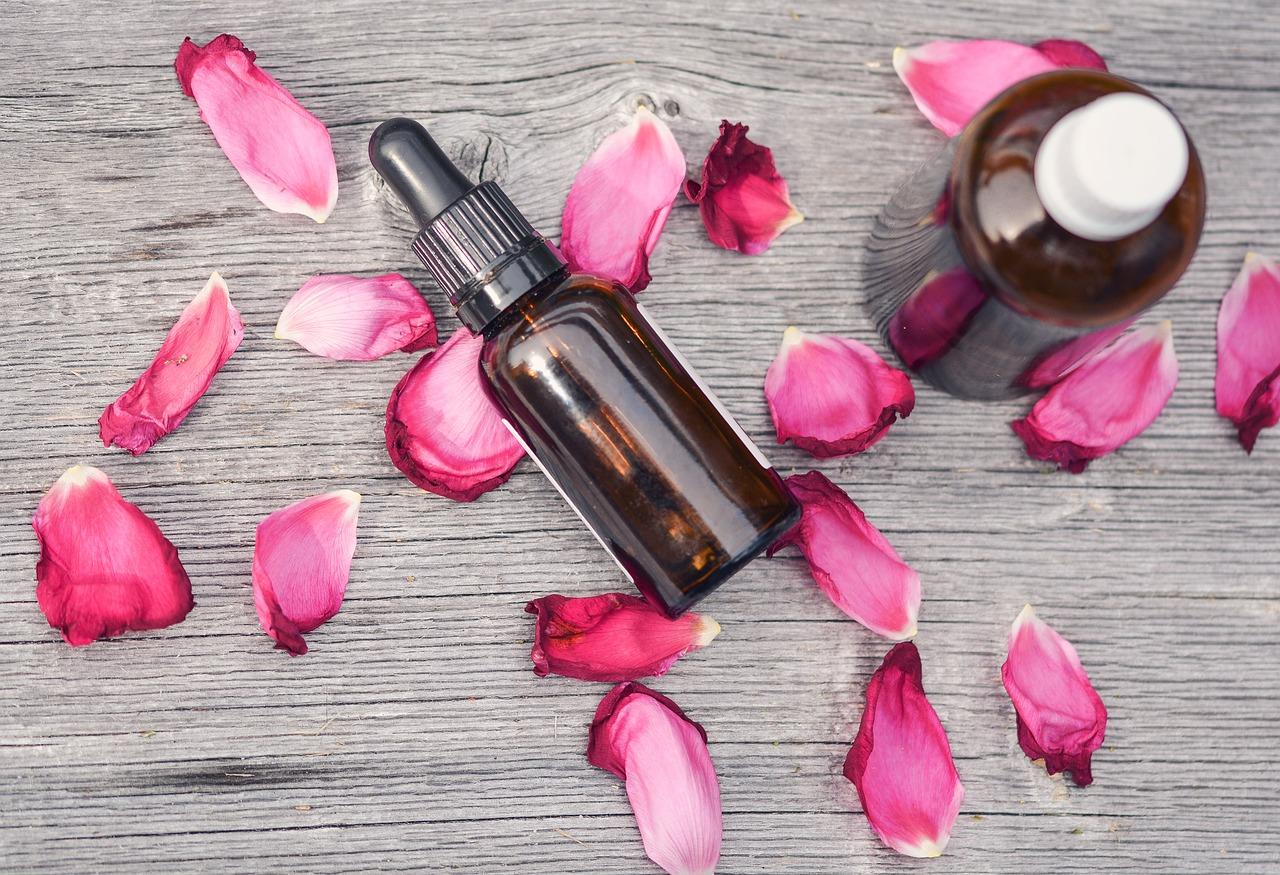 Esenciálne oleje: Sila rastlín v malej fľaštičke