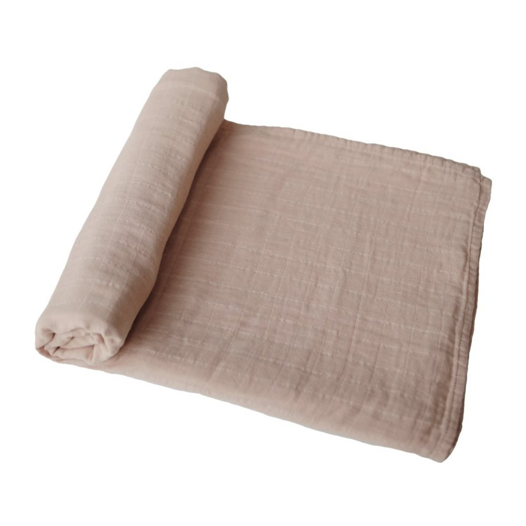 mushie muselinova zavinovacka z organickej bavlny pale taupe 1