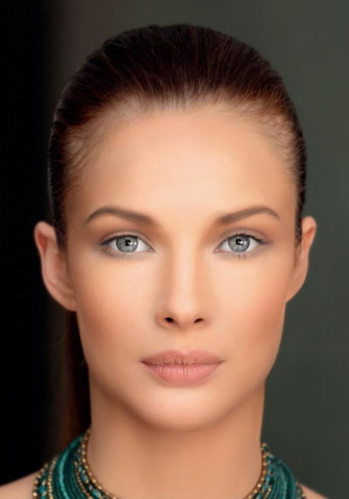 obrázok profesionálneho nalíčenia od ZERVA Cosmetics