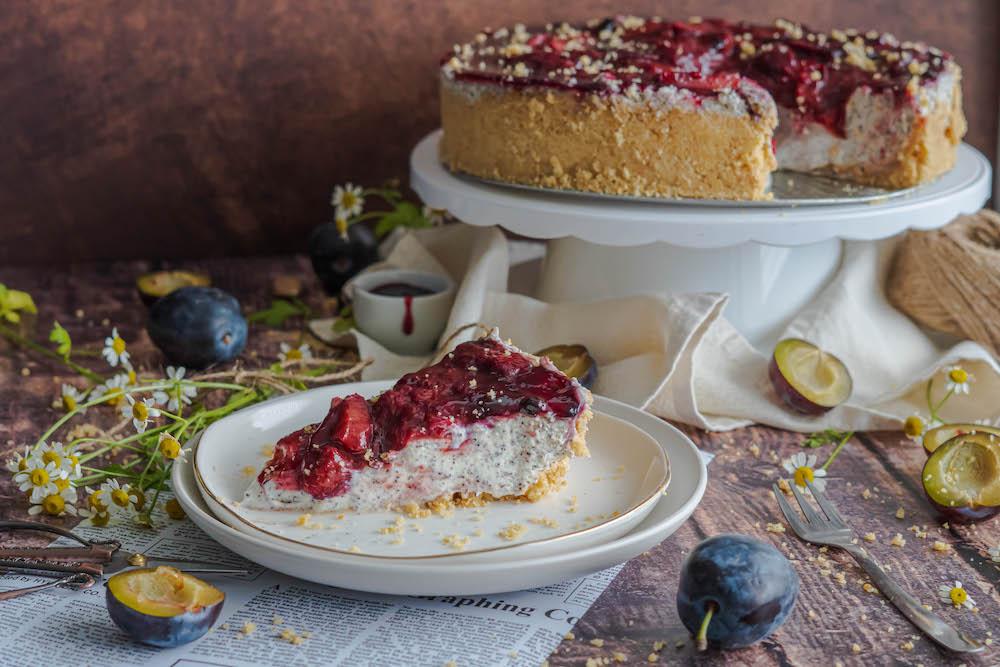 Makovo-slivkový cheesecake