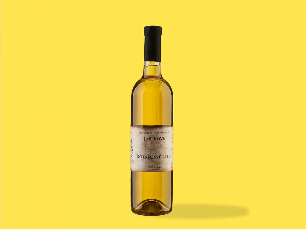 Ovocne vino jablkove %22rozmarne leto%22 hrehor ZeZahora lokalne potraviny