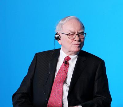 Warren Buffet již není nepřítelem zlata