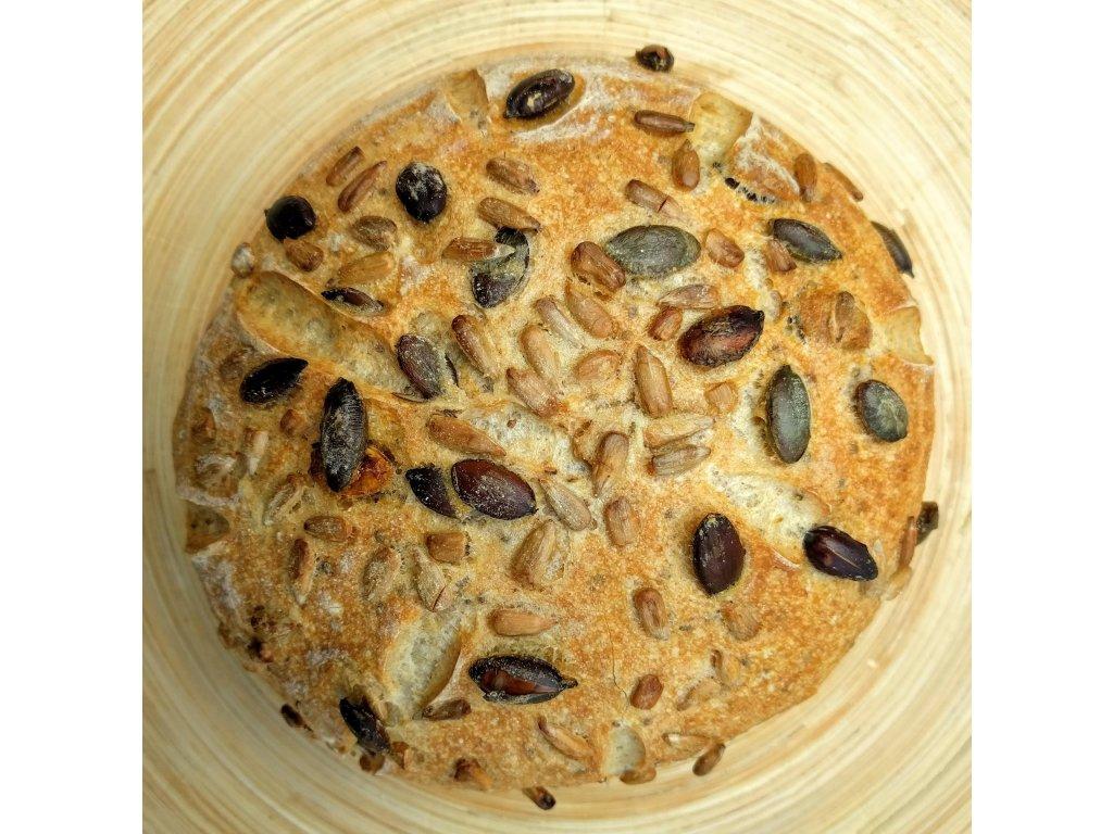 Kváskový chléb bez lepku s chia, slunečnicovými a dýňovými semínky 400g - čerstvé pečivo