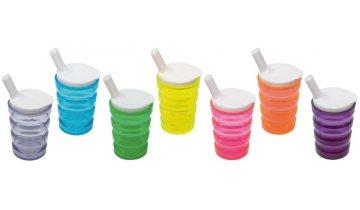 Ergonomický hrnek s víčkem s náustkem pro pití a ventilkem, různé barvy