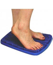 Masážní podložka s plastovými hroty na chodidla
