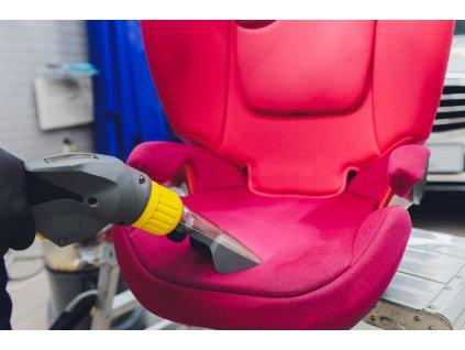 čištění a dezinfekce autosedačky