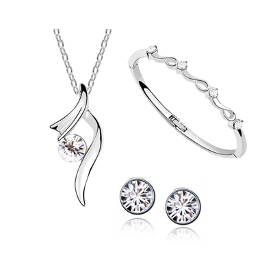 1557a16af Dámské šperky- náramky,náušnice,řetízky a přívěsky