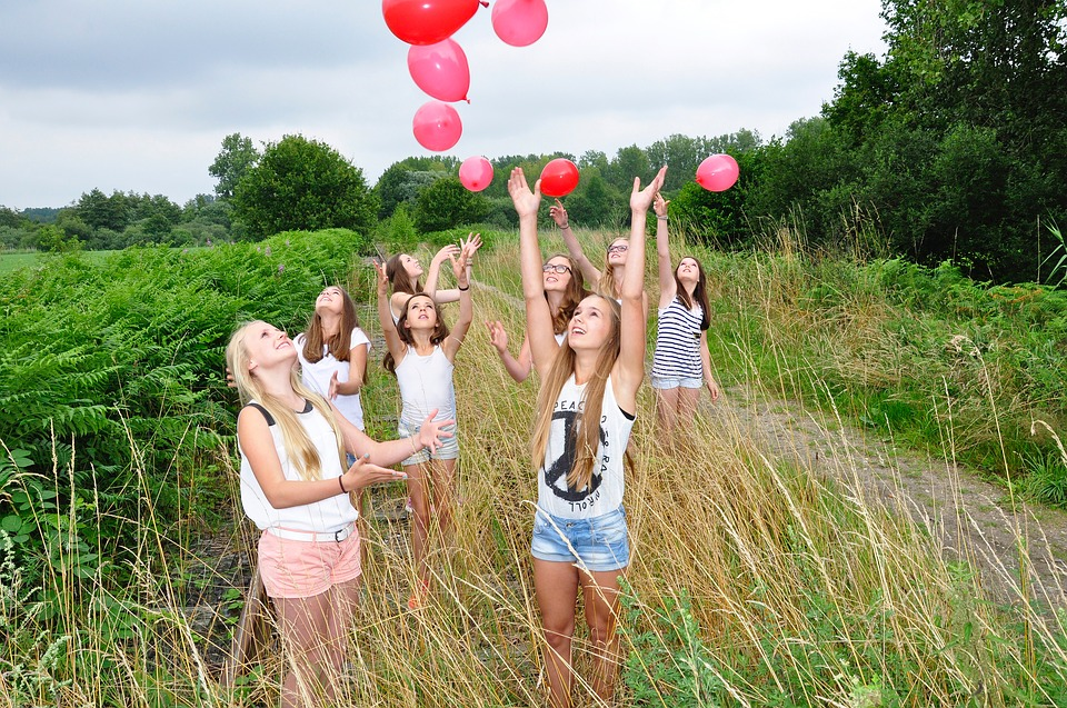 girls-1563093_960_720