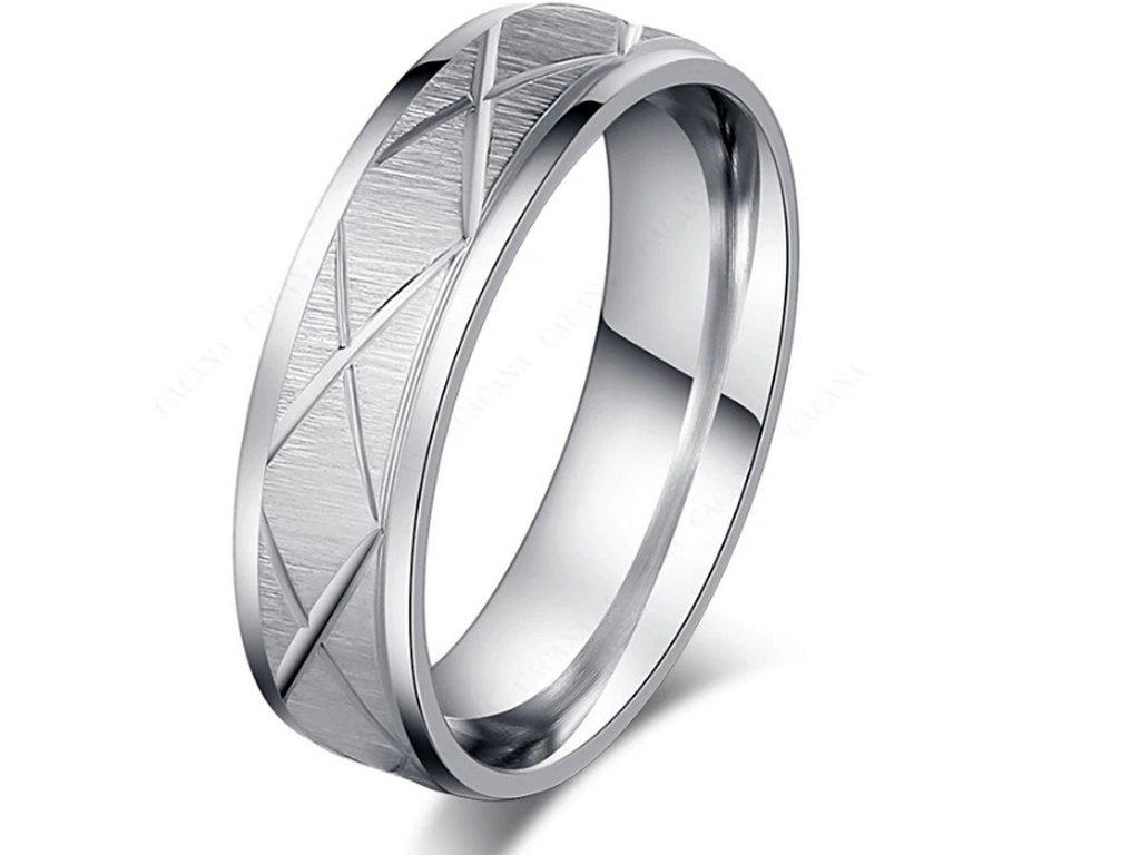 e3a729c1b Masivní prsten z rýhováním z chirurgické oceli- stříbrný SR00080 (Velikost  9)
