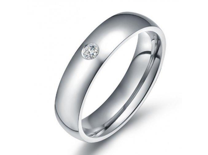 Dámský prsten z chirurgické oceli se zirkonem v imitaci diamantu- stříbrný SR000023 (Velikost 9)