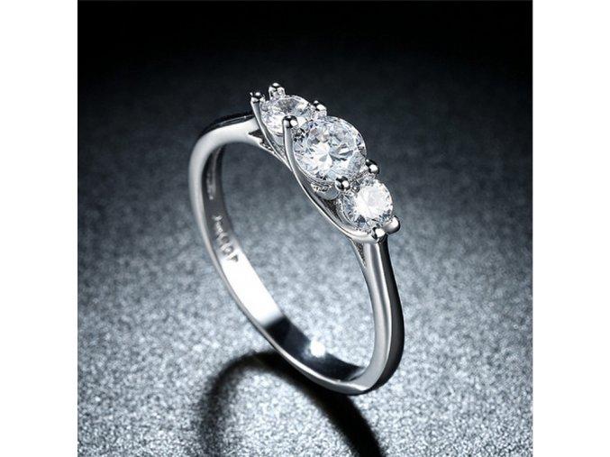 Dámský prsten se zirkony z rhodiované bižuterie a platiny SR000054 (Velikost 9)