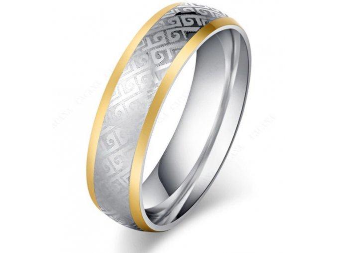 Masivní prsten z chirurgické oceli z ornamenty SR000088 (Velikost 9)