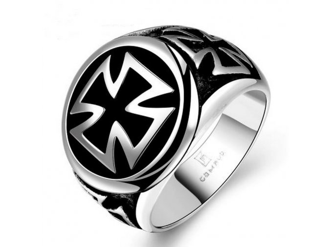 Masivní prsten Helvétský kříž  chirurgické oceli SR131