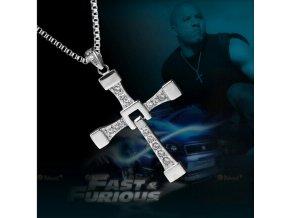 Řetízek na krk s přívěskem kříže z chirurgické oceli - Dominic Toretto - Rychle a zběsile (Barva Zlatá)