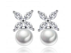491641 2 nausnice ve tvaru hvezdicky se syntetickou perlou ce000044