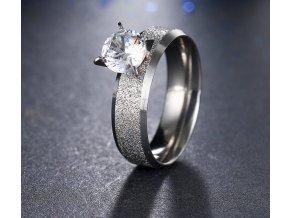 Stříbrný prsten z pískované chirurgické oceli s lesklým velkým zirkonem SR000038