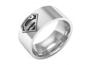 Stříbrný prsten Superman z chirurgické oceli SR000068 (Velikost 9)