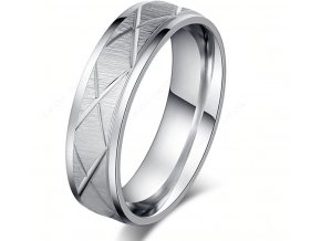 Masivní prsten z rýhováním z chirurgické oceli- stříbrný SR00080