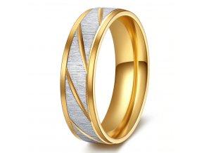 Prsten z broušené chirurgické oceli Stripy- zlatý SR000105 (Velikost 9)