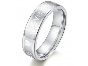 Stříbrný prsten z oceli s nápisem LOVE SR000110