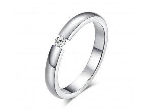 Dámský prsten z chirurgické oceli s decentním zirkonem ve stříbrném provedení SR164
