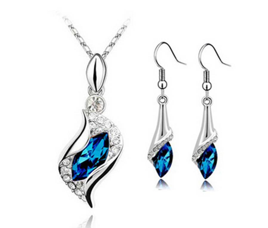 Levně set náušnic a řetízku s přívěskem Water drop silver CS00003 Barva: Modrá