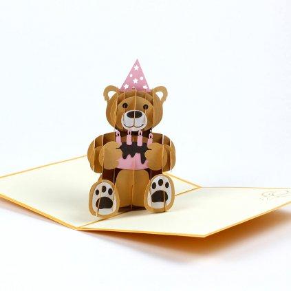 3D přání Medvídek s narozeninovým dortem
