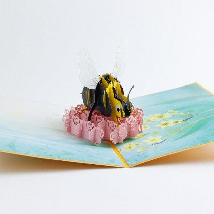 3D přání Včela na květu