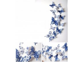 Modří motýlci s květy