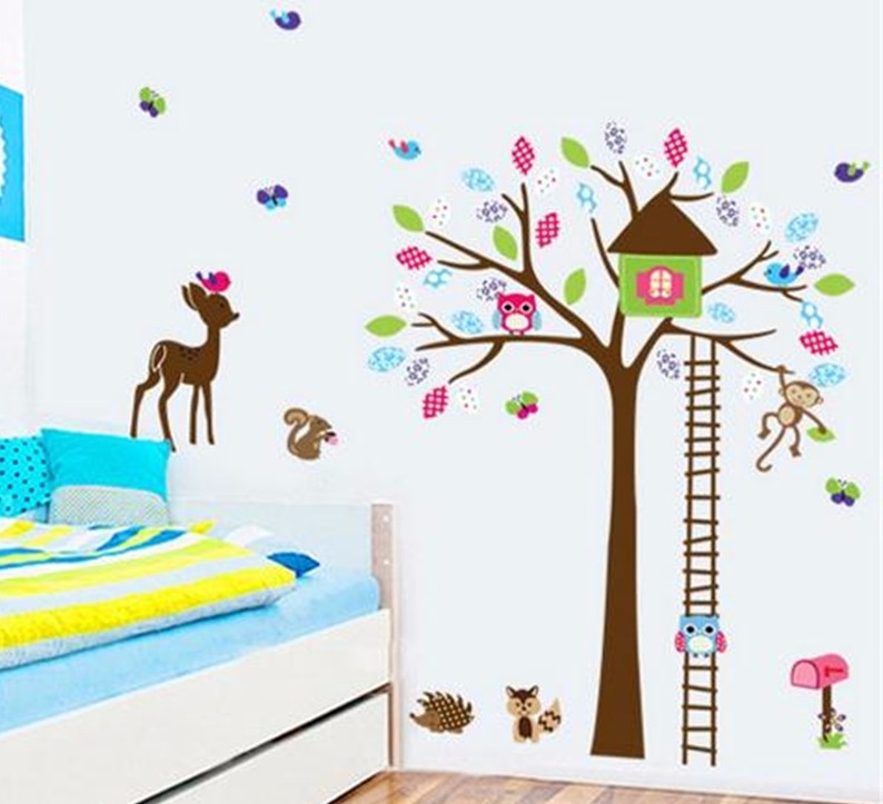 Živá Zeď samolepka Strom a lesní zvířátka 145 x 110 cm