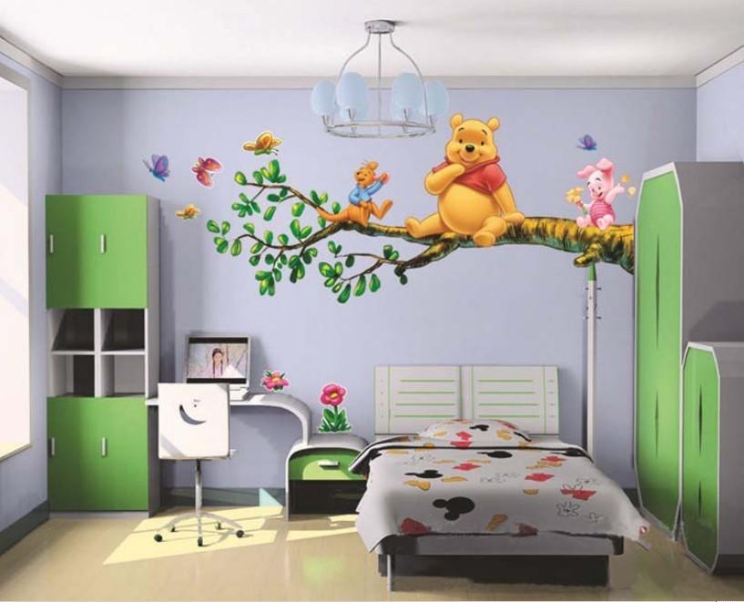 Živá Zeď Samolepka Medvídek Pú na stromě 90 x 60 cm