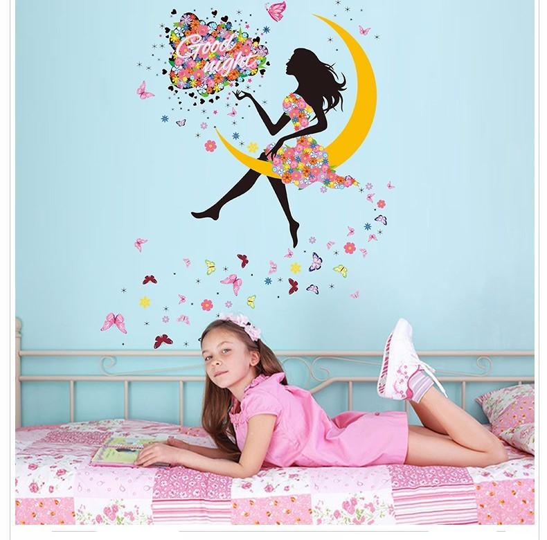Živá Zeď Samolepka Dívka sedící na Měsíci 140 x 100 cm
