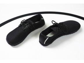 Polobotka prodyšná – černá