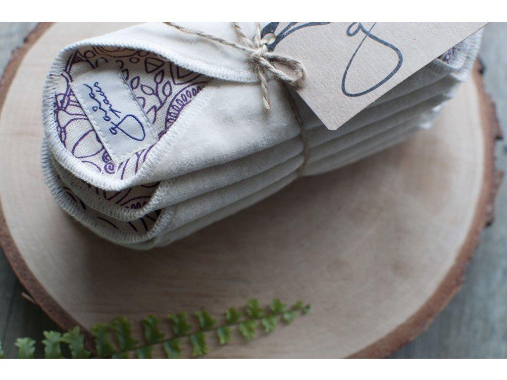 GAIA PADS fialové látkové slipové vložky (10 ks bez obalu) Tierra Verde 5