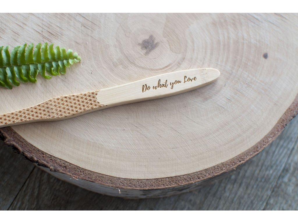 Bambusová zubná kefka Medium Mobake Do what you Love