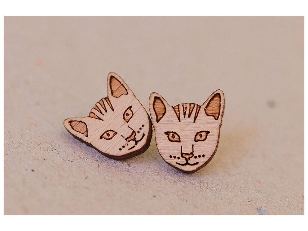 Drevené napichovacie náušnice Mačky Kreatvory 1