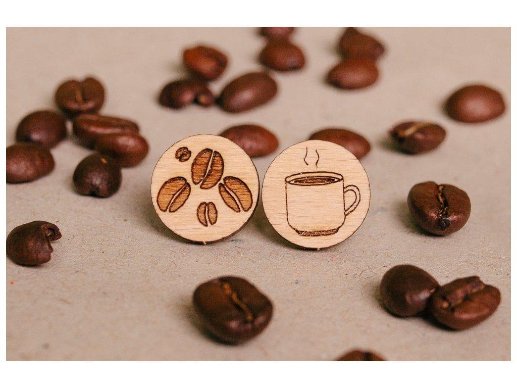 Drevené okrúhle napichovacie náušnice Šálka kávy Kreatvory