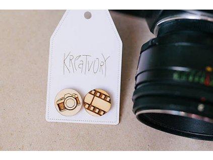 Drevené okrúhle napichovacie náušnice Foto Kreatvory 3