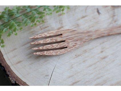 Kokosová vidlička svetlá 21